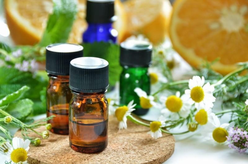 Лечим грибок ногтей эфирными маслами