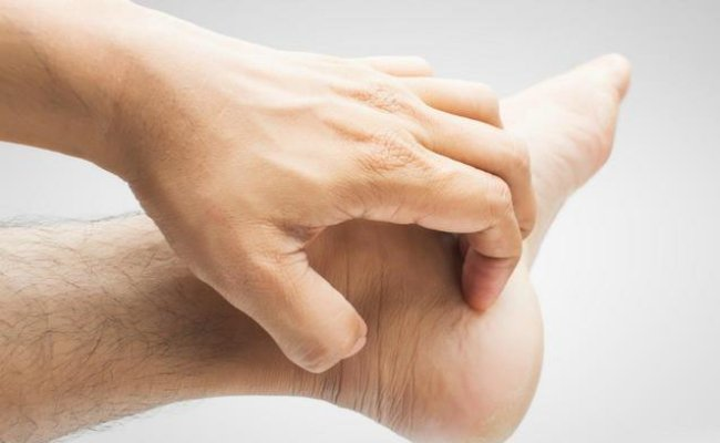 Причины зуда ног